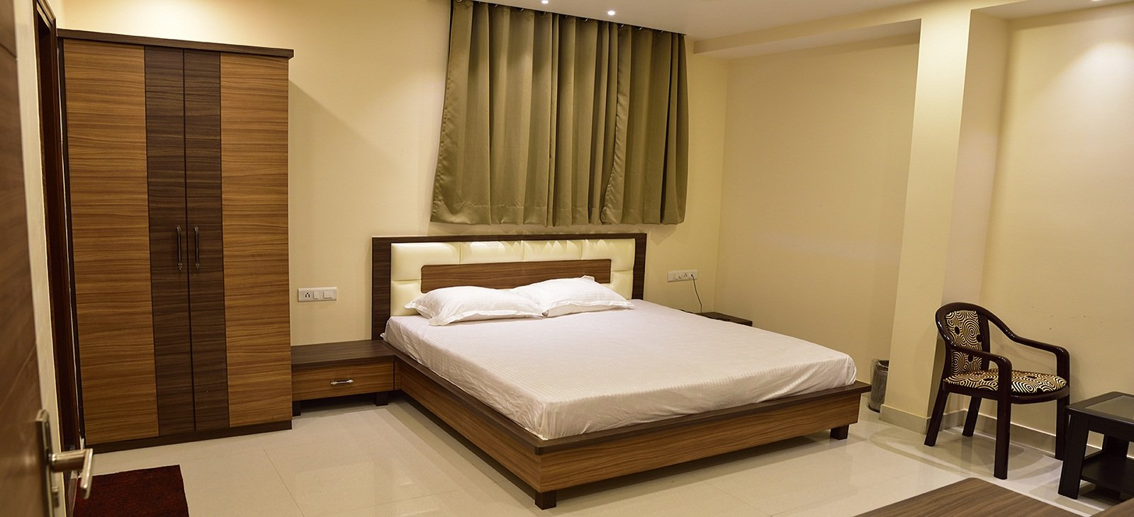 luxury hotels at gorakhpur